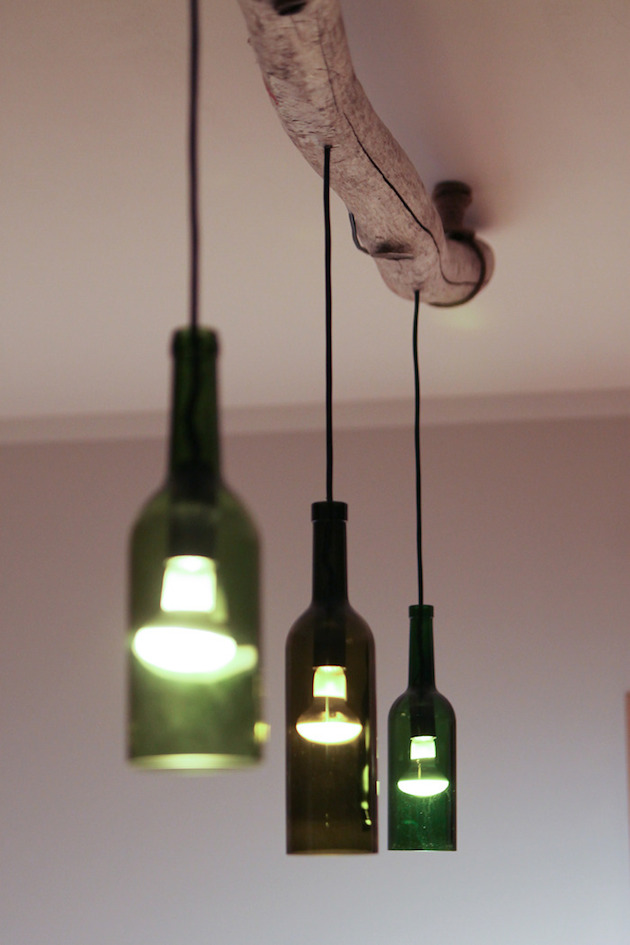 Easily make glasses vases and lamps out of old bottles for Glasses made out of bottles