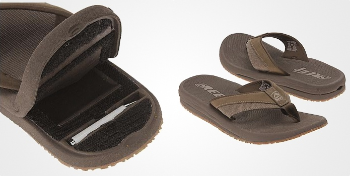 3884dc4c7a3 Reef Men s Stash Sandals Will Let You Hide Your Treasures