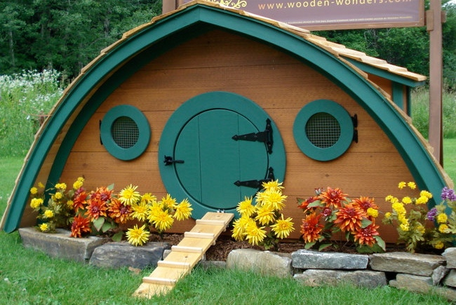 unique_hobbit_hole_chicken_coop