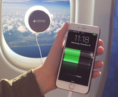 Charge Your Phone Using the Power of the Sun With GreenLighting
