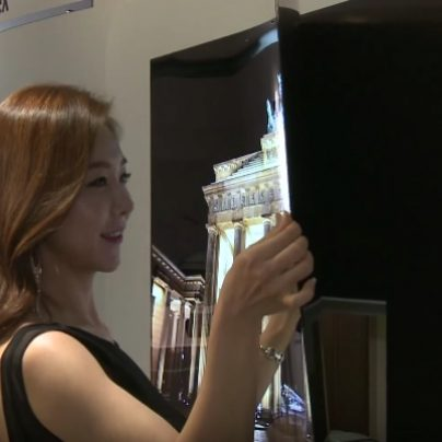 New LG TV can be Rolled Up Like a Poster