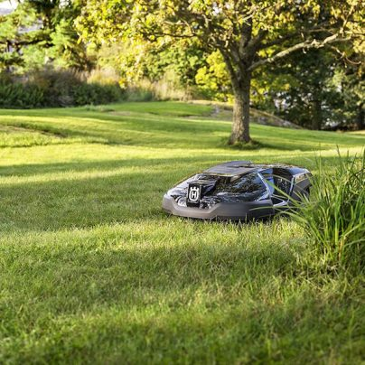 Automatically Mow Your Lawn With The Husqvarna Robotic Lawn Mower: Automower