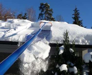 Easily Remove The Snow From Your Roof With Avalanche – The Roof Snow Removal System