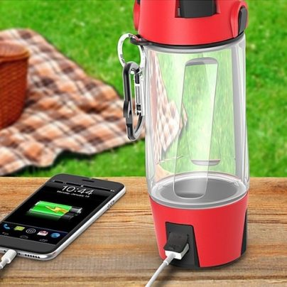 Hydra SmartBottle — A Water Bottle That Does Everything From Music to Lighting