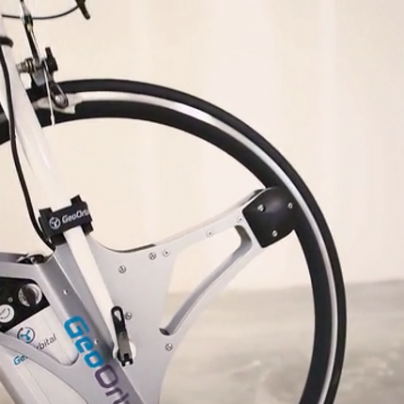 GeoOrbital Wheel Turns Regular Bikes Electric in 60 Seconds