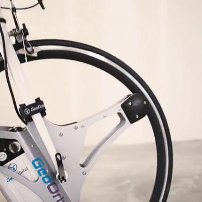 GeoOrbital Wheel Turns Regular Bikes Electric in 60 Seconds
