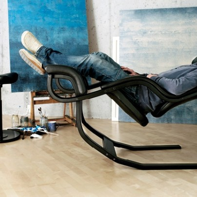 Gravity Balans – The Zero Gravity Recliner Chair by Varier