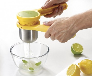 With the Joseph Joseph Helix Citrus Juicer, Get All the Juice Out with Less Effort!