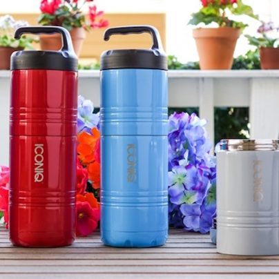 The Iconiq Qore Is A Stackable Insulated Container That Keeps Your Hot And Cold Dishes In One