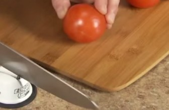 A Knife Sharpener So Good A Credit Card Can Cut Tomatoes