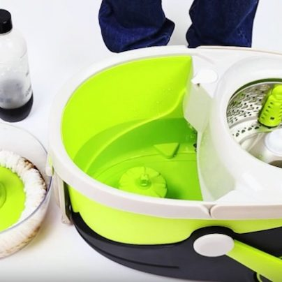 Mopnado Is the Ultimate Rolling Spin Mop