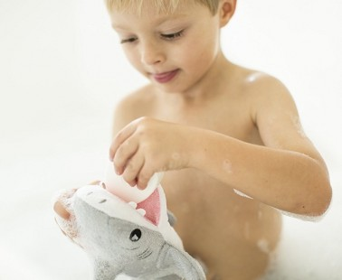 Help Your Child Enjoy Bathtime with SoapSox