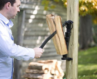 The Stikkan Lets You Make Kindling Safely and Easily