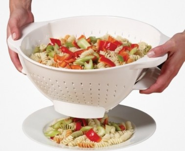 No More Wasted Pasta With The Trap Door Colander