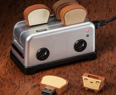 A USB Toaster Hub & Toast Flash Drives