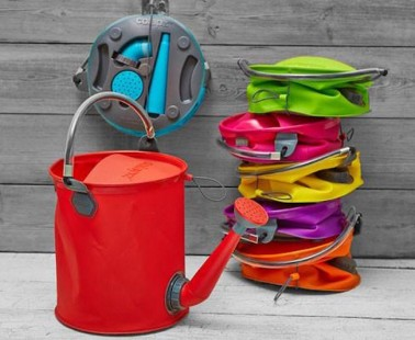 The COLOURWAVE Collapsible 2-in-1 Water Can/Bucket Collapses To Save You Space!