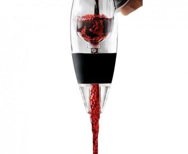 Instant Wine Aerator by Vinturi